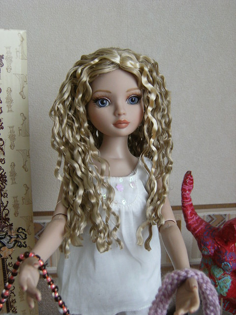 Je vous présente mes filles (I wait Alone, Nevermore et Essentials: WO 3, WO 4, redhead 4, Brunette 4) 5594986711_62f94eed5f_z