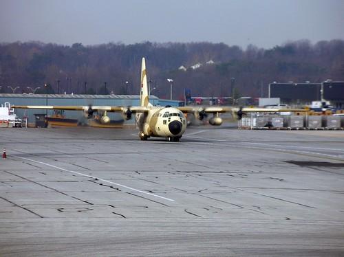 محاكي طائرة السي 130 H لمصر 5271848900_7df5c00722