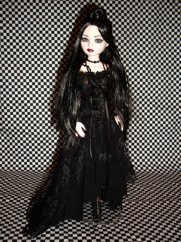 Alice Darkdreams (My tell Tale heart) est arrivée :) 5759619173_7203e1e584_o