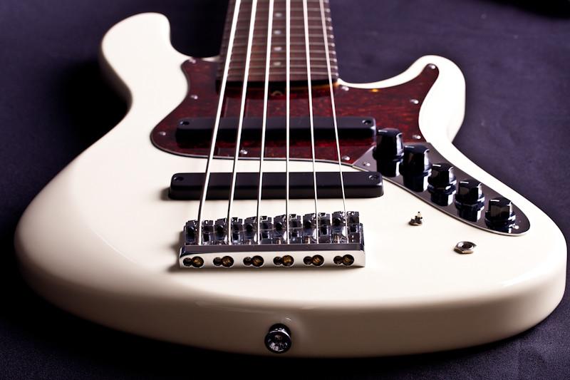 Mostre o mais belo Jazz Bass que você já viu - Página 2 5672499312_1123ebefa8_b