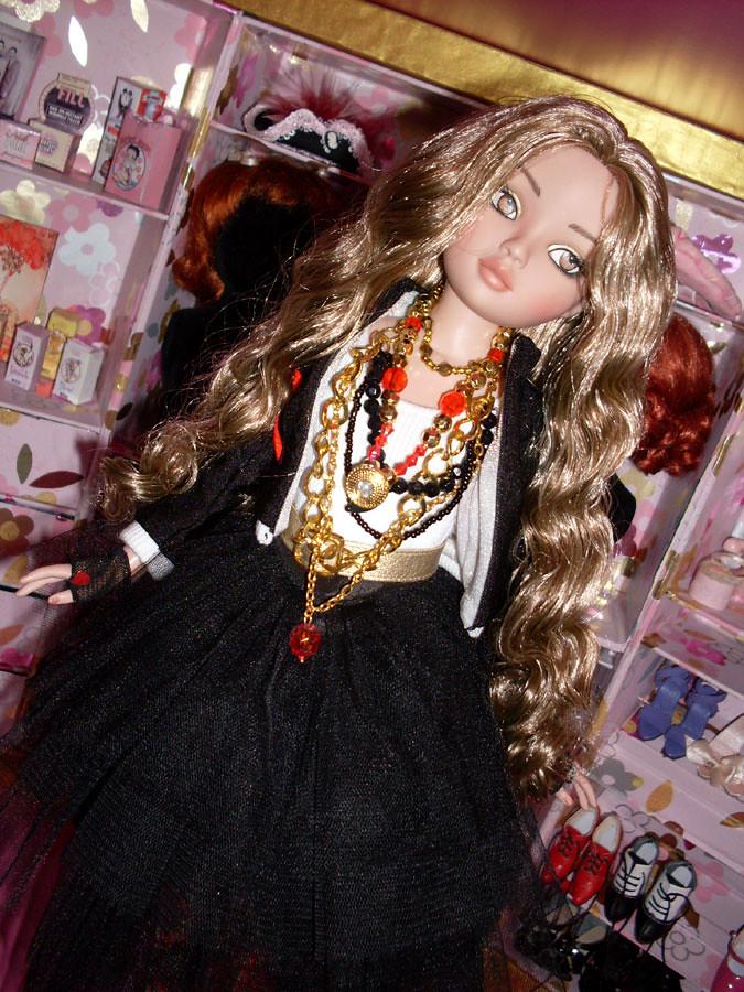 Charisma Sultana (Ellowyne Invisible Ink) l'amie de Luna est arrivee 5551853940_1b318e1130_b