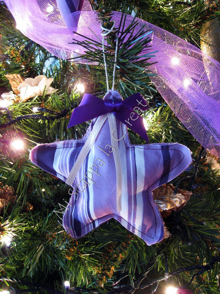 Ecco il mio Xmas Purple Tree!! 5240082103_18c4bcacbc_b
