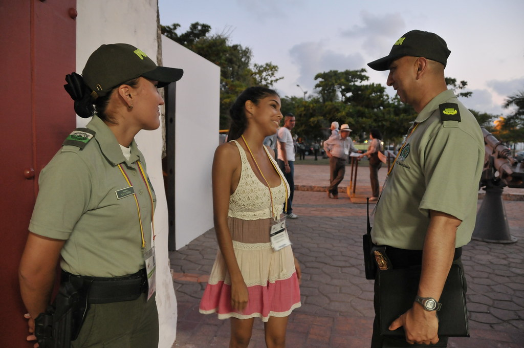 Colombian Armed Forces. - Page 2 6923625194_a80fbccca9_b