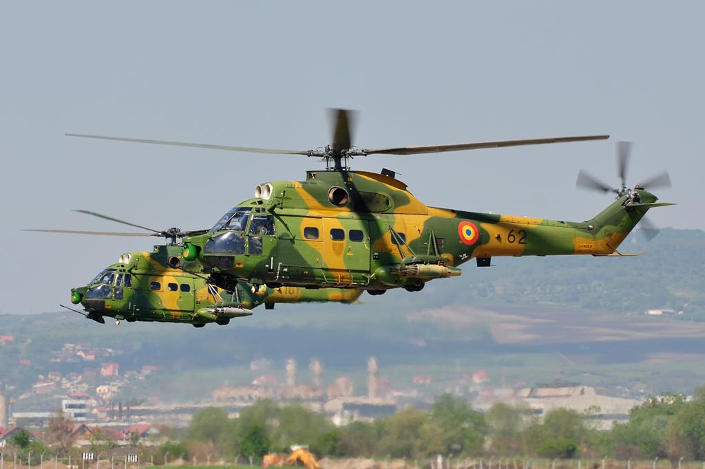 Cluj Napoca Airshow - 5 mai 2012 - Poze - Pagina 2 7007527466_b1feec90b5_o