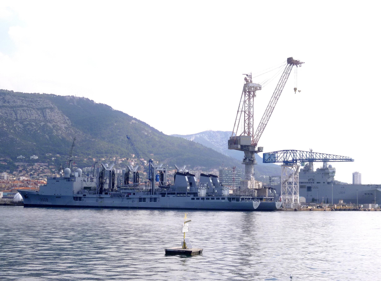 Les news en images du port de TOULON - Page 37 9565030770_605e99fdfd_o