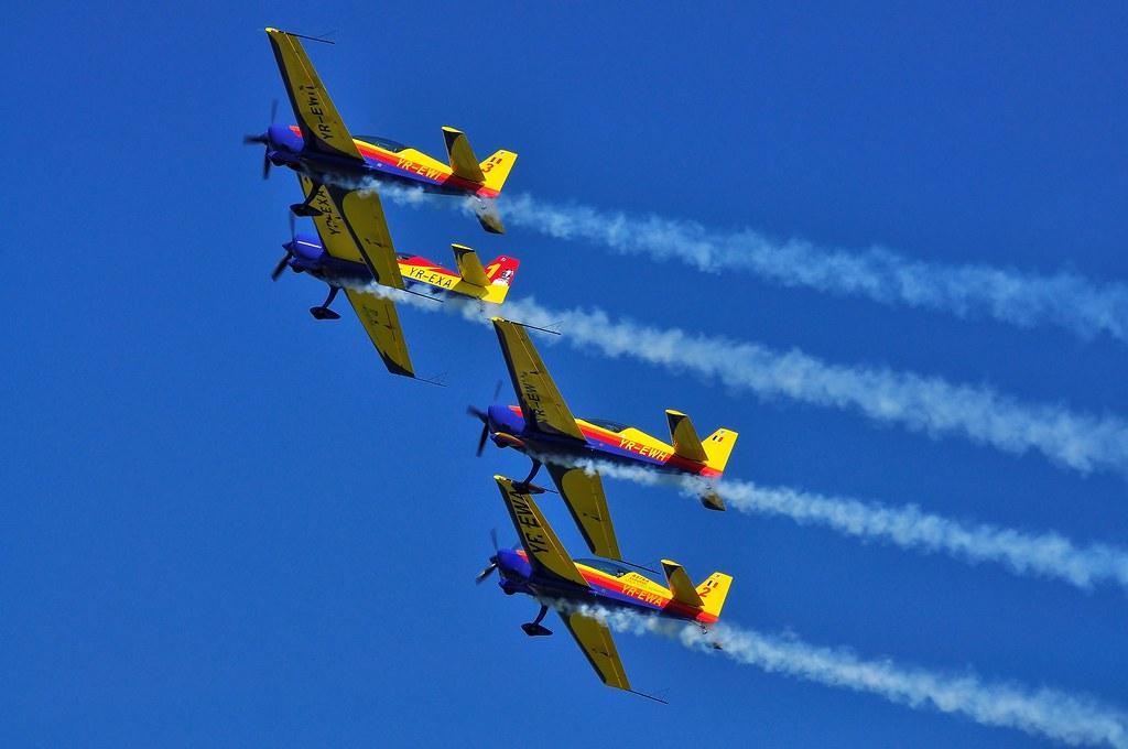 Cluj Napoca Airshow - 5 mai 2012 - Poze - Pagina 2 7002521280_017217871d_b