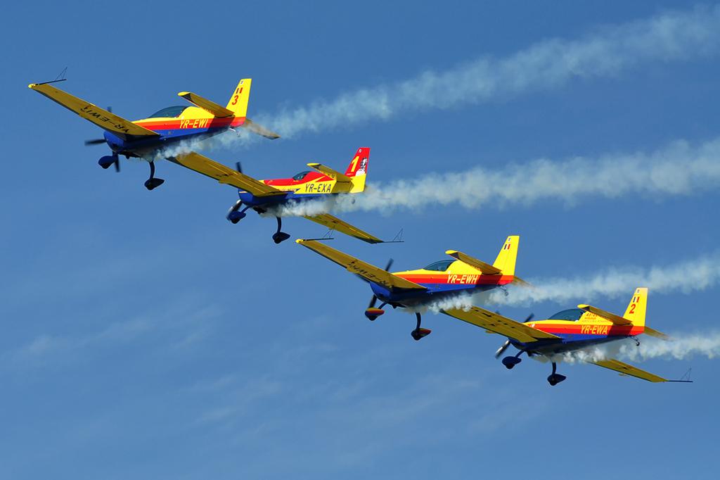 Cluj Napoca Airshow - 5 mai 2012 - Poze - Pagina 2 7153648647_8ee0c6962b_o