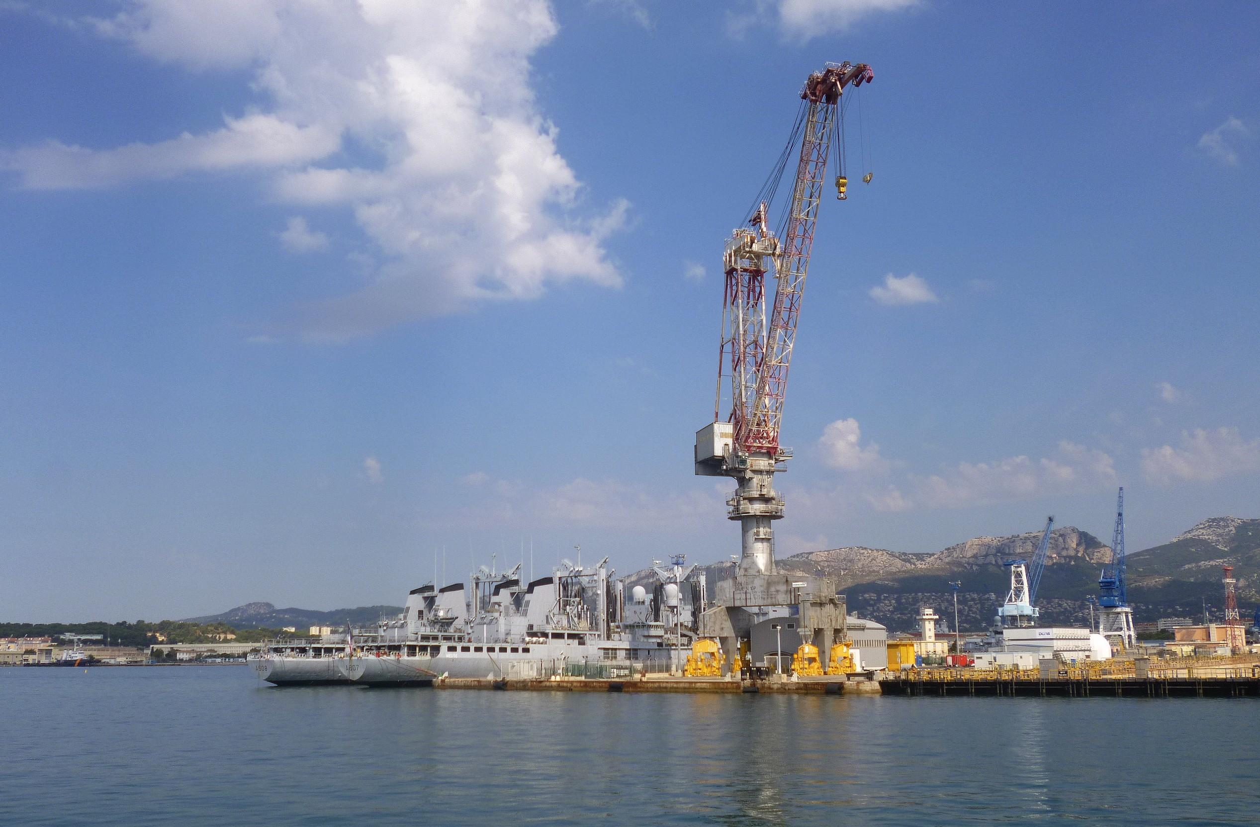 Les news en images du port de TOULON - Page 37 9565034598_d45f7aa430_o