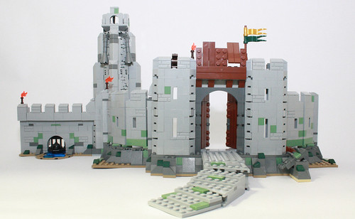 9474 The Battle of Helm's Deep review(neko if you havent read the hogwarts one yet i will not post any more lego stuff) 7182384307_4923a6239f