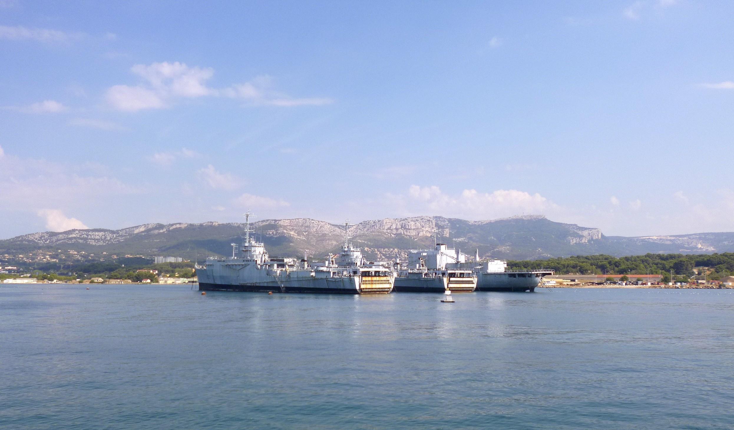 Les news en images du port de TOULON - Page 37 9565067960_43eda757fa_o