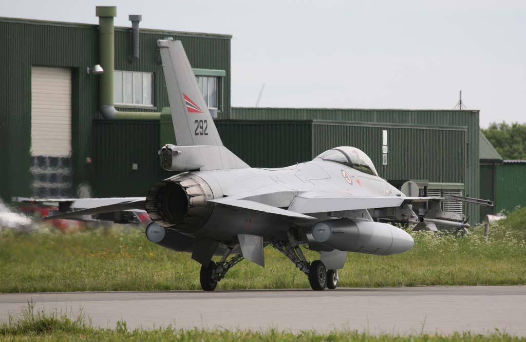 Armée norvegienne/Norwegian Armed Forces - Page 6 9103222606_27bc1751db_b
