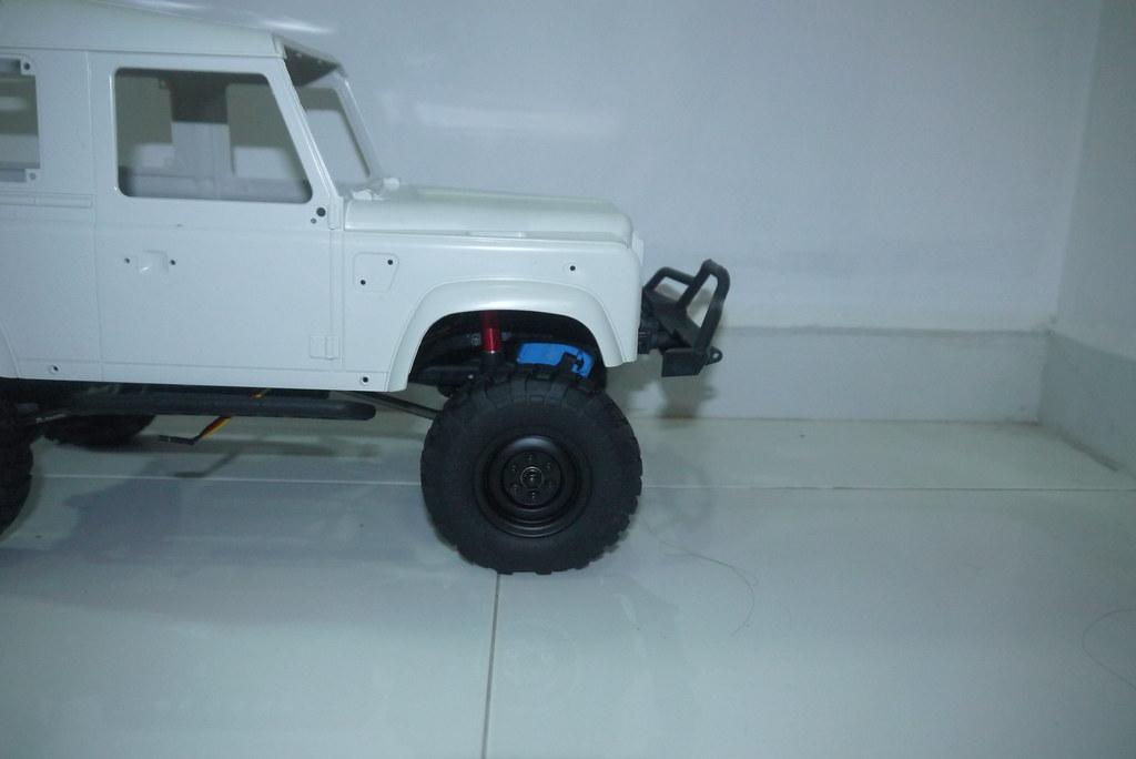 land - Babyboy's Land Rover Defender D90 on Axial SCX10 9348699261_cc1d879c2f_b