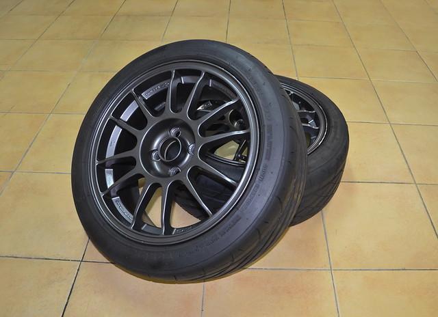 Llantas OZ + neumáticos de altas prestaciones 9256427125_1a23a90ba6_z