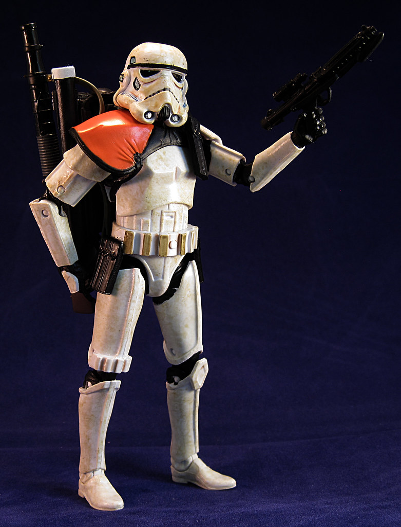 Anyone going to collect the 6 inch Black Series figures? 9519282128_dac58aec03_b