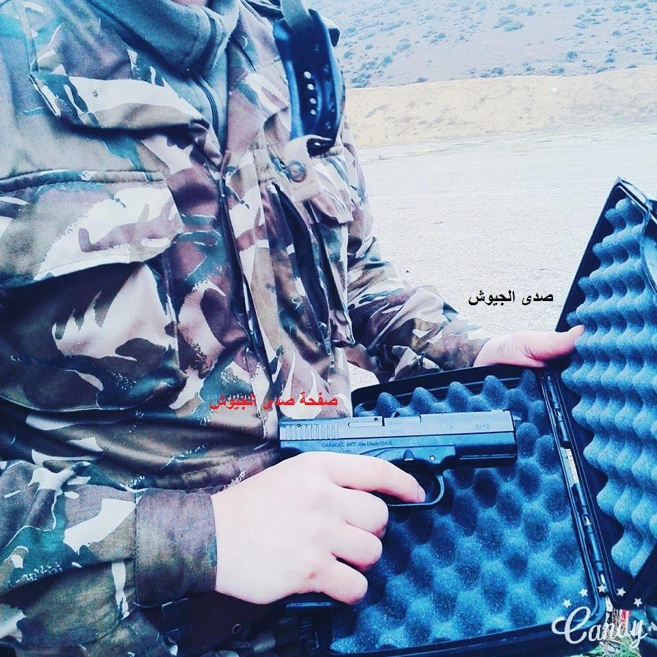 """تصنيع أول مسدس """"كركال"""" بالجزائر في 2014 - صفحة 2 31349662731_daeed07045_b"""