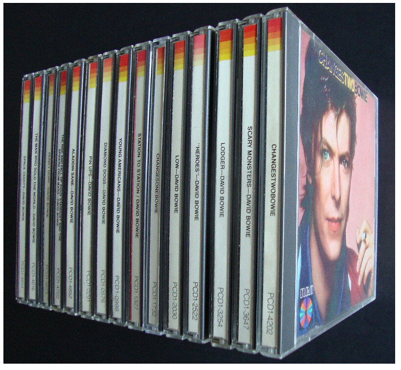David Bowie, remaster a 24 bit 6126350950_a338a51a65_b