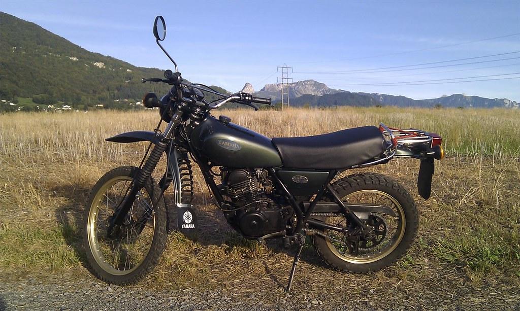 Venez parler de votre moto ! 6121086476_5caf1edf37_b