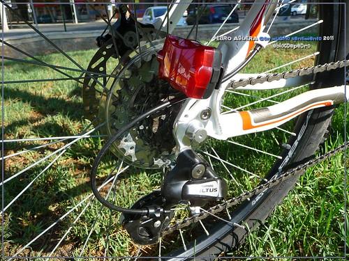 Bicicletas listas para hacer el Camino 5991871582_c5e2e6bebd