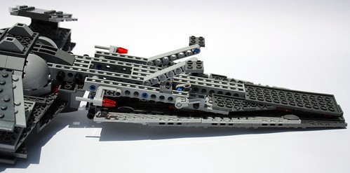 7961 Darth Maul's Sith Infiltrator review 5978848912_56d2e1b2d2