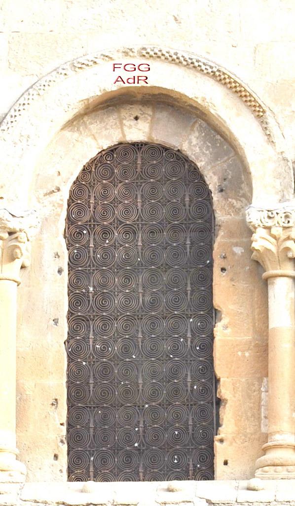 """""""Ferarios"""": el arte de la forja del hierro en el románico. - Página 6 6180123521_2f9119063e_b"""