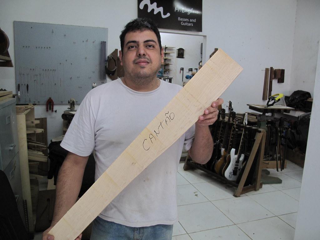 Clube Cantão de MLaghus Precision Bass - Projeto 2012!!! - FINALIZADO - Página 19 6077757738_dd793e5a91_b
