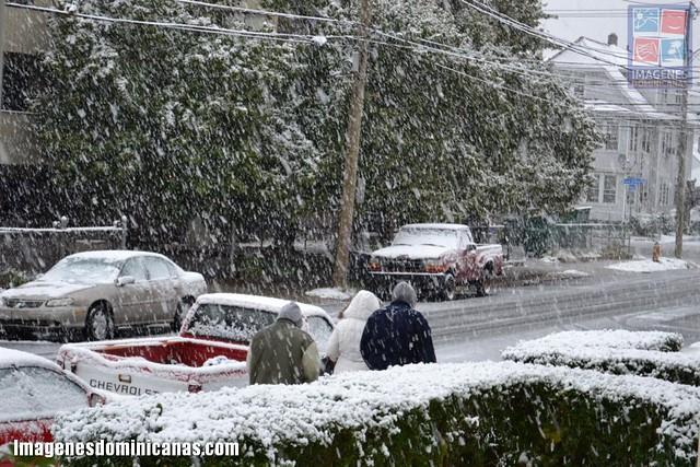 El noreste de EE UU bajo tormenta de nieve fuera de temporada 6292533650_9e2518254a_z