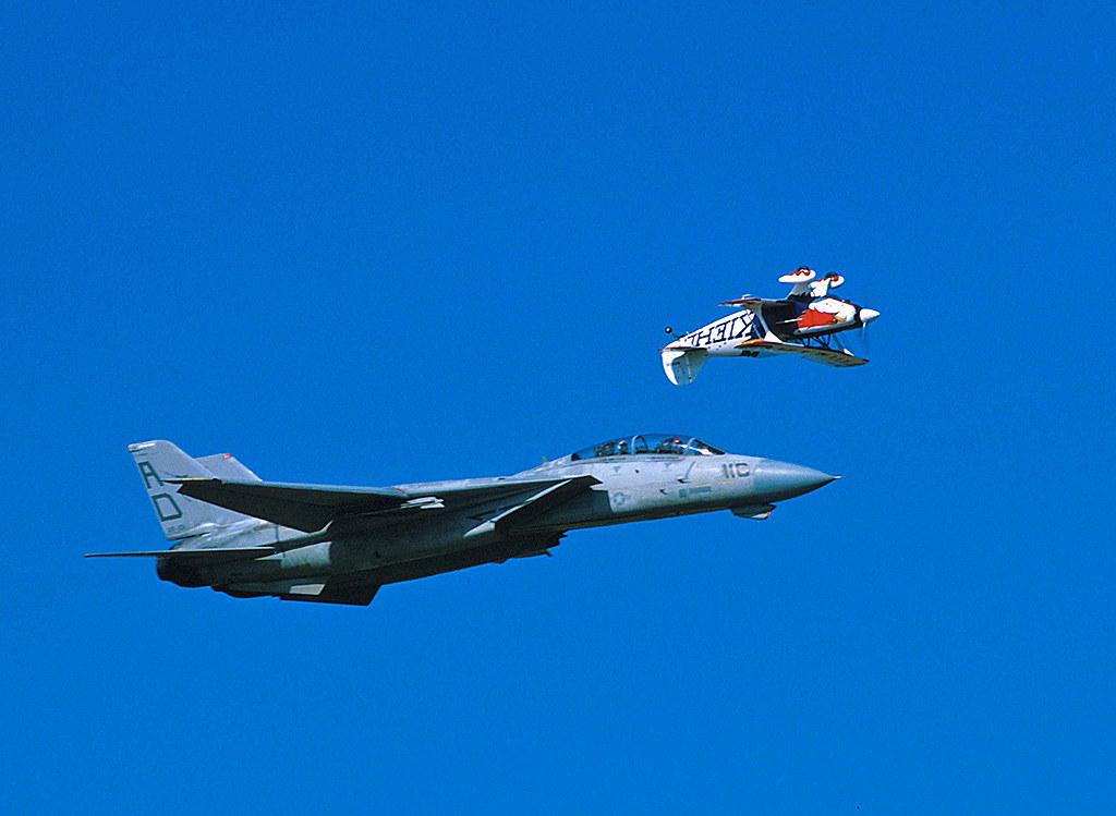 F-14 Tomcat - Page 3 6366782999_cfabbdbefd_b