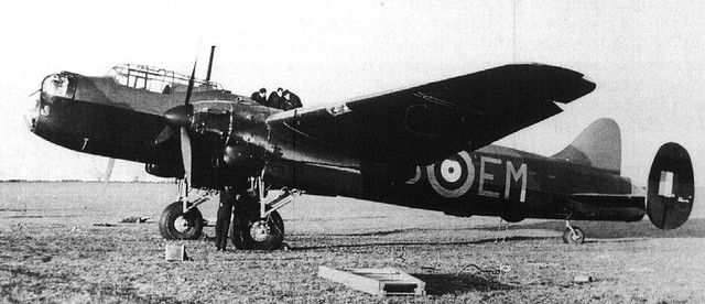 Avro Lancaster 6429584037_648f135f1d_z