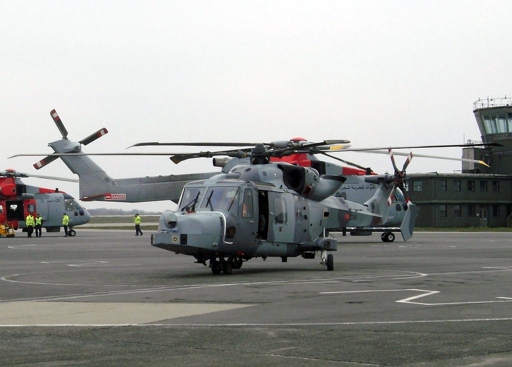 جديد المروحيات AW159 Wildcat. الجزائرية  6167296050_17b3f0bf70_b