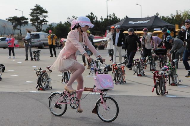 한국에서 깜짝 이벤트 : Corée et Brompton 6255862484_d66b421d9c_z