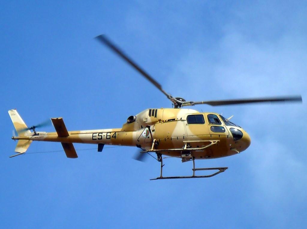 صور مروحيات القوات الجوية الجزائرية Ecureuil/Fennec ] AS-355N2 / AS-555N ] - صفحة 2 6194590739_423086d3dc_b
