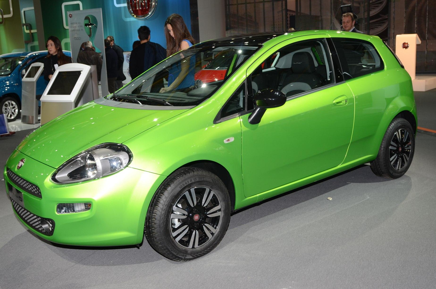 2009/12 - [Fiat] Punto Evo - Page 12 6441183065_384ca4691e_o