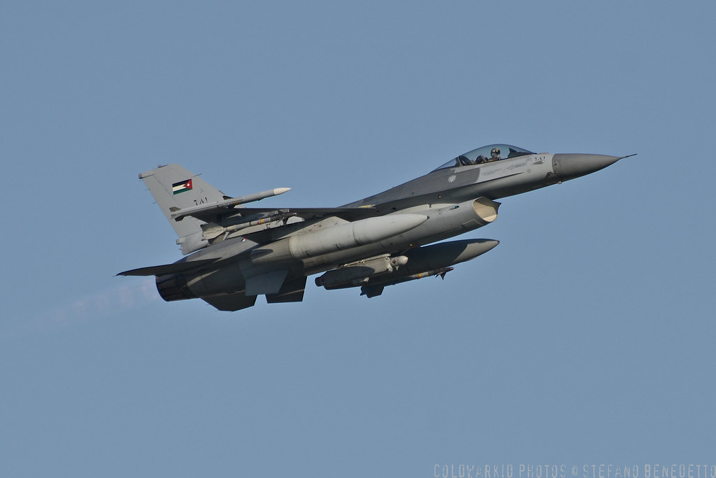 F-16 around the world - Page 29 6740410433_38be8808ea_b