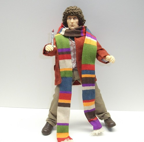 Retro Cloth 4th Doctor Figure Review (BifBangPow Mego Style) 6598877141_7631bbcc67