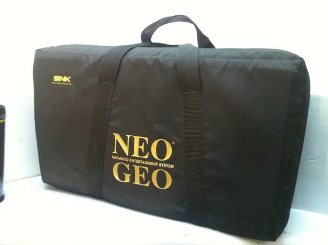 LES SACS NEO GEO AES 90'S 6807232037_6a9d2606ff_z