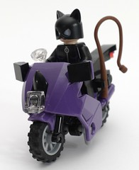 6858 Catwoman Catcycle City Chase 6639434473_50687f1719_m