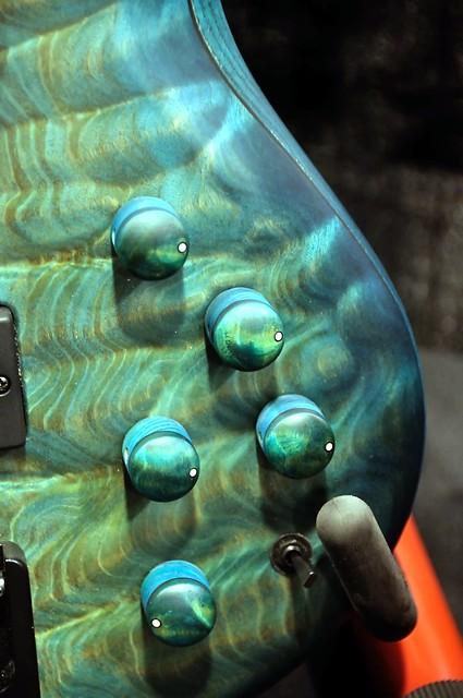 NAMM 2012 - Topico pesadíssimo 6796067845_2972b3dc96_z