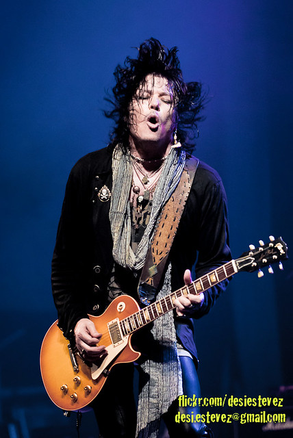 Tom Keifer (Cinderella): The Way Life Goes (2013) 6772933587_8edc44482c_z