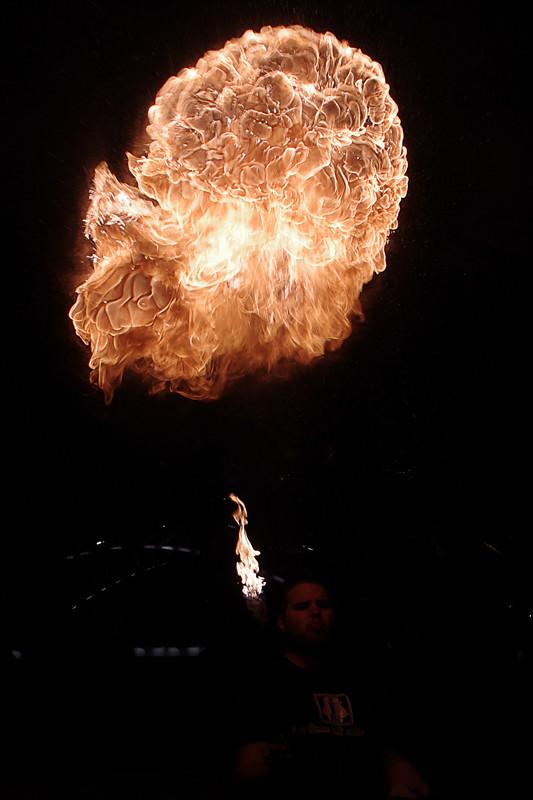 Photos cracheurs de feu - anniversaire 8 ans palais tokyo 21 janvier 2012 - Page 3 6742608295_899fd030be_b