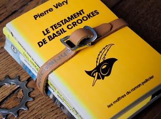 Livres fictifs et non-fictifs sur le vélo 7001654292_9ee8ce4b37_n