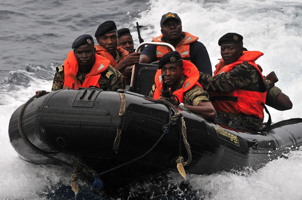 Forces Armées Camerounaises 6800827726_ff954fd7ae_b