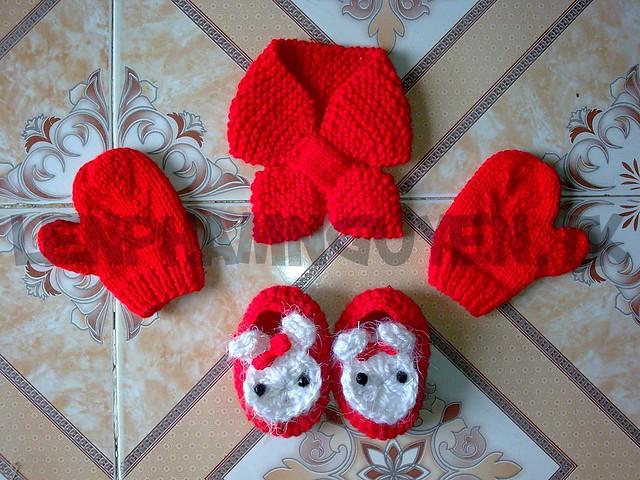 Khăn, mũ, găng tay, túi xách... - Page 4 7313383324_199fac3d0e_z