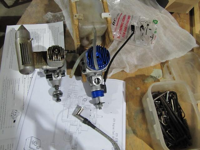 Motor 9 cc 2 T gasolina  7257900064_23e5e00f87_z