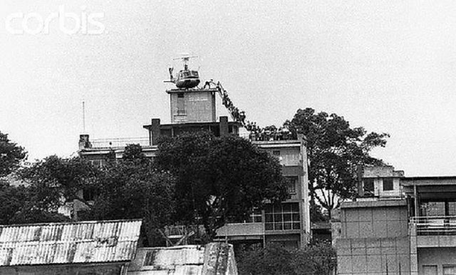 Ngày 30-4-1975, Hoa Kỳ chạy khỏi VNCH 6893500870_aab875d8ee_z