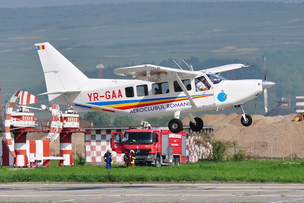 Cluj Napoca Airshow - 5 mai 2012 - Poze - Pagina 2 7007529652_839dd35592_o