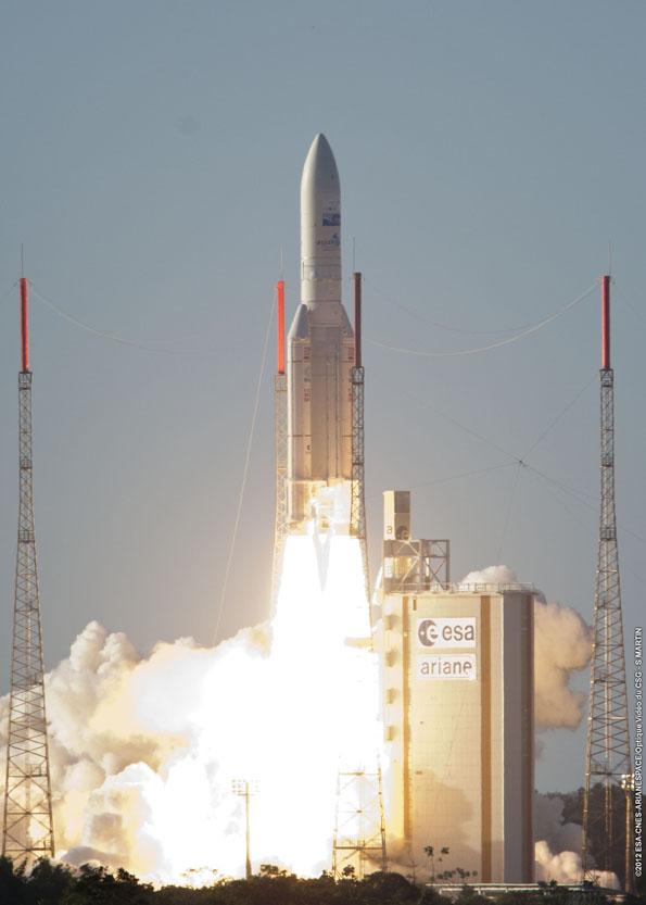 Lancement Ariane 5 ECA VA208 / INTELSAT 20 & HYLAS 2  (02.08.2012) - Page 3 7700318148_e5c066c96f_o