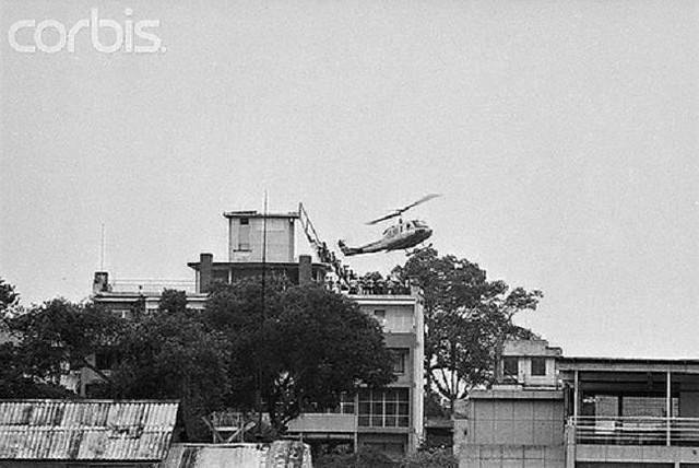 Ngày 30-4-1975, Hoa Kỳ chạy khỏi VNCH 7039597033_14dba6fbdb_z