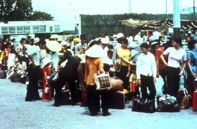 Ngày 30-4-1975, Hoa Kỳ chạy khỏi VNCH 6893501530_c44cb678c0_z