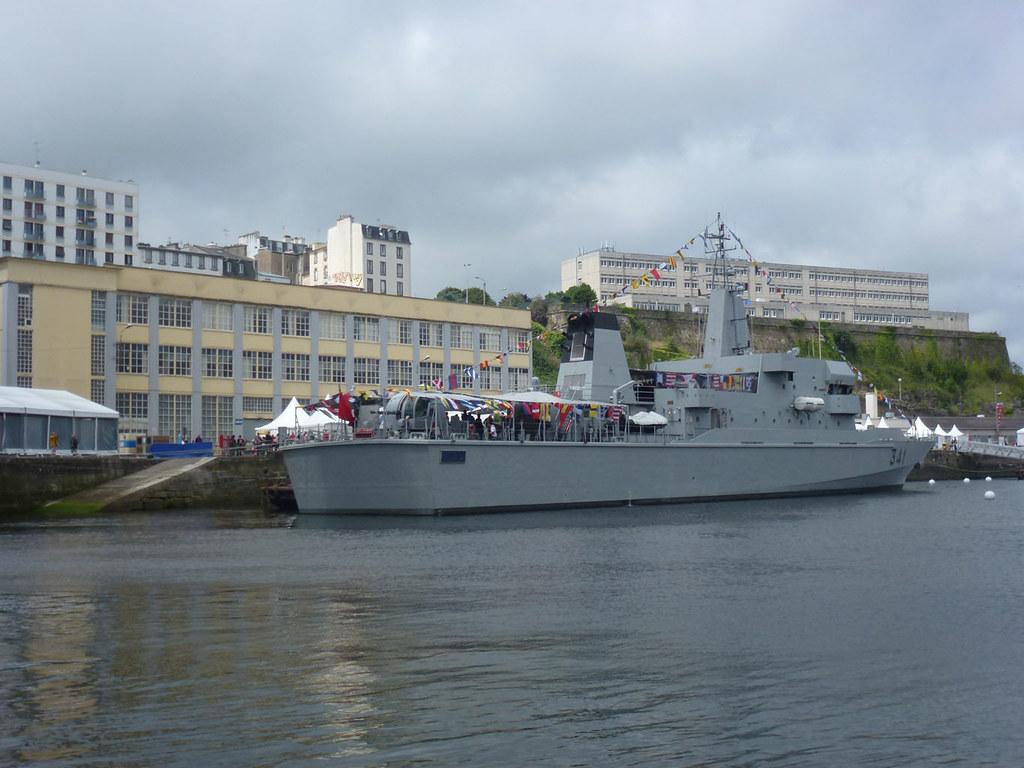 Les Tonnerres de Brest 2012 - Le Maroc à l'honneur 7616957168_a34729cd74_b