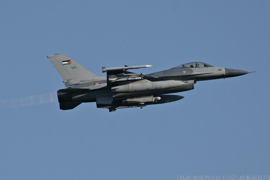 F-16 around the world - Page 29 6693374549_37c3ba497c_b